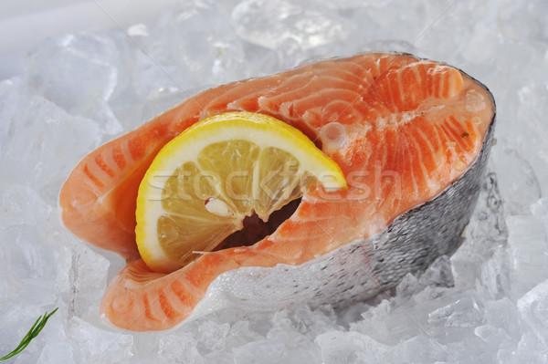 Kırmızı balık buz parçalar limon gıda Stok fotoğraf © taden
