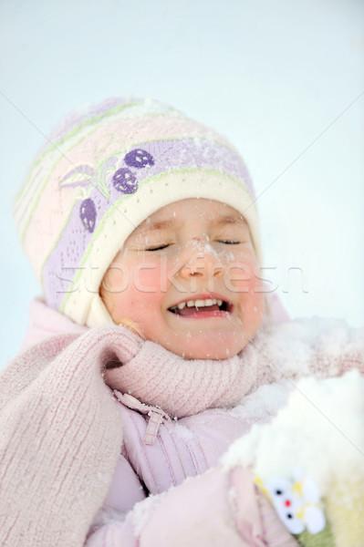 Nina invierno belleza diversión sombrero blanco Foto stock © taden