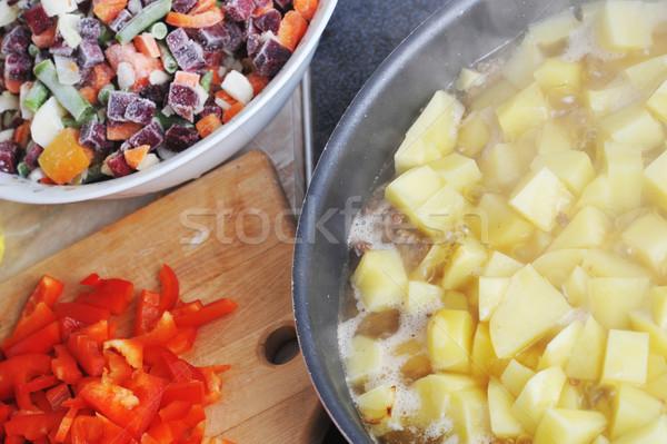 Preparação saboroso vegetal comida cozinha vermelho Foto stock © taden