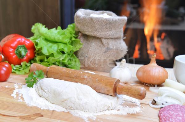 Pizza lezzetli baharatlar sebze ahşap masa peynir Stok fotoğraf © taden