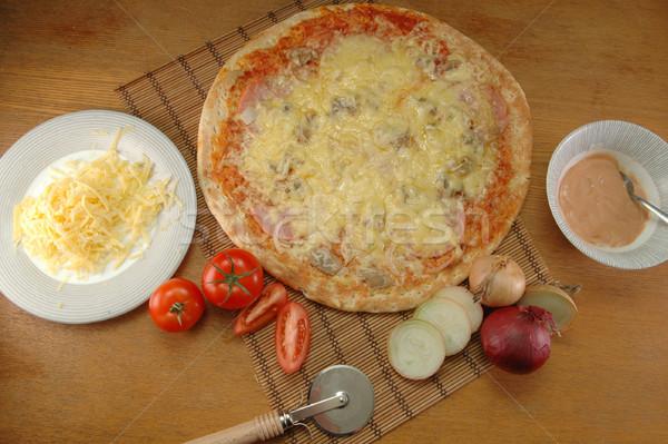 Pizza tabel klaar voedsel achtergrond Stockfoto © taden