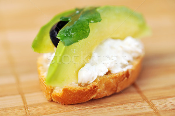 Sanduíche torrado pão belo delicioso abacate Foto stock © taden