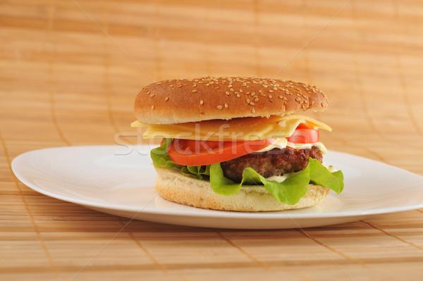 Hamburger warzyw naczyń tabeli grupy ser Zdjęcia stock © taden