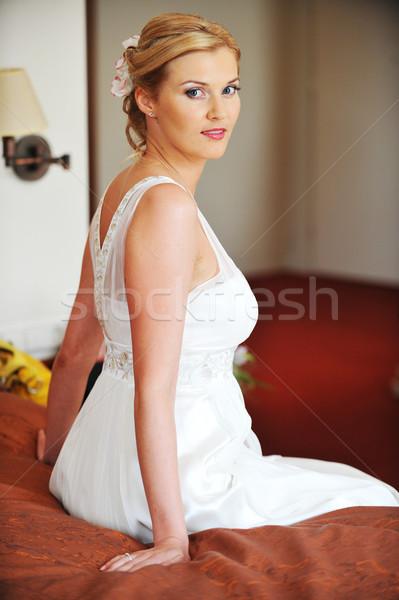 красивой невеста белое платье комнату женщины Сток-фото © taden