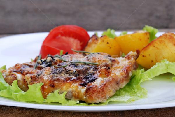 Stock fotó: Sült · hús · sült · krumpli · szeletek · paradicsom