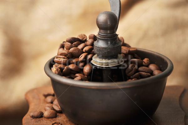 Utasítás kávé daráló klasszikus kávé izolált Stock fotó © taden