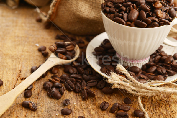 Coffee beans and cup Stock photo © taden