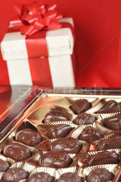 Scatola regalo rosso cuore cioccolato tessuto candy Foto d'archivio © taden