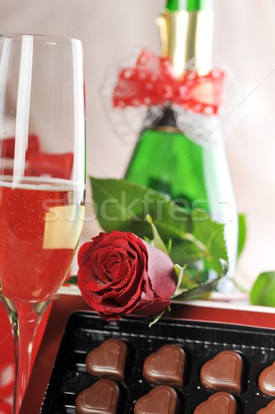 Stockfoto: Geschenk · champagne · Rood · rose · papier · bruiloft