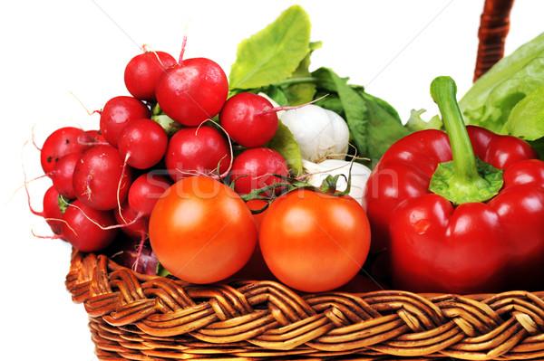 świeże warzywa koszyka pełny zielone grupy czerwony Zdjęcia stock © taden