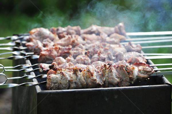 Carne fatias preparação molho fogo fumar Foto stock © taden