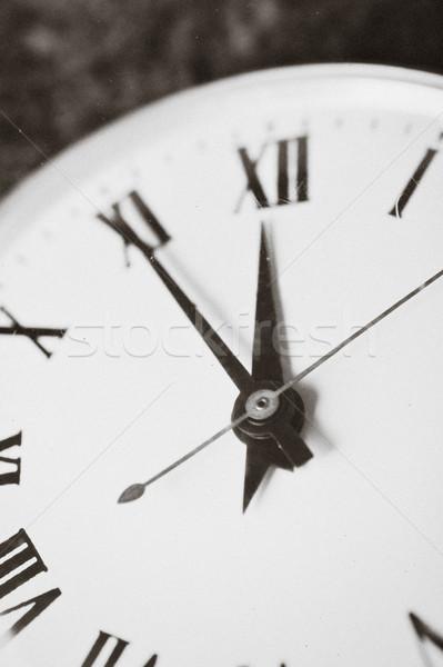 Mecânico relógio velho verde retro Foto stock © taden