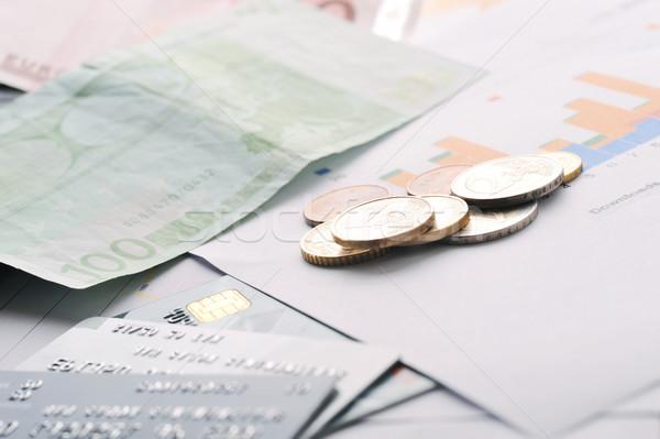 Tarjetas de crédito dinero mesa oficina papel Foto stock © taden