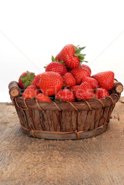 Sepet çilek taze gıda doğa Stok fotoğraf © taden