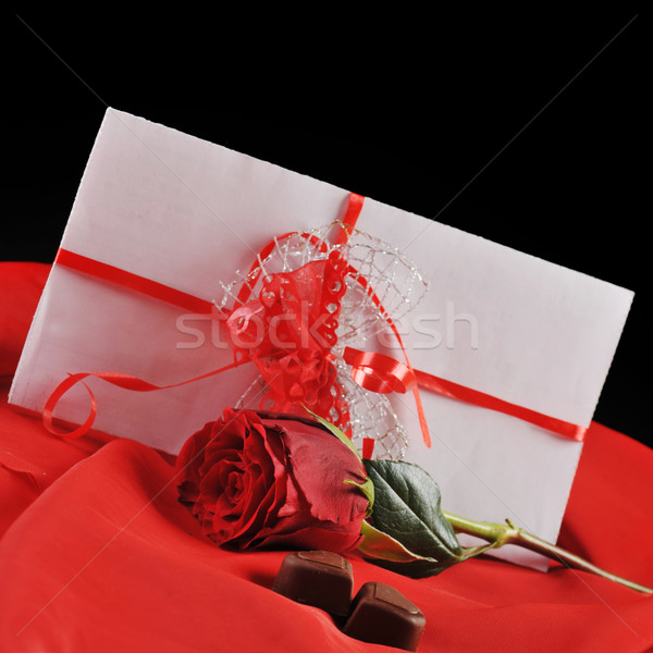 Chocolat lettre rose rouge papier Photo stock © taden