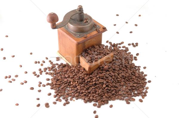 Retro kahve öğütücü yalıtılmış beyaz gıda Stok fotoğraf © taden