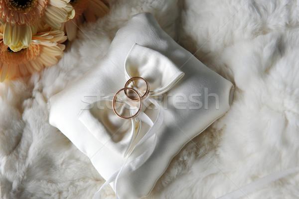 подушка обручальными кольцами невеста букет желтые цветы свадьба Сток-фото © taden