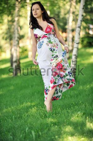 Fiatal nő gyönyörű nő sétál liget nyírfa nő Stock fotó © taden