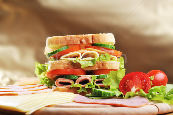 świeże smaczny kanapkę szynka ser warzyw Zdjęcia stock © taden