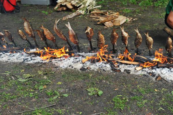 Balık sabit ahşap Çin yemek çubukları ızgara kömür Stok fotoğraf © taden