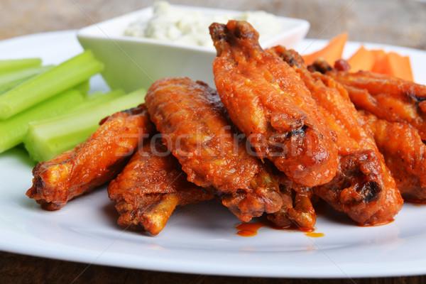 Tyúk szárnyak zeller sárgarépa fából készült étel Stock fotó © taden