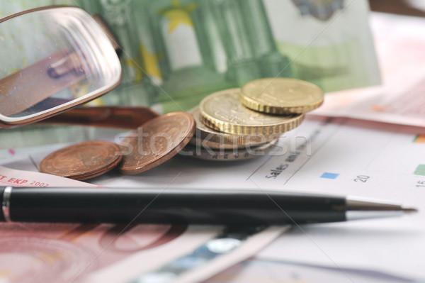 Occhiali soldi carte di credito nero pen tavola Foto d'archivio © taden
