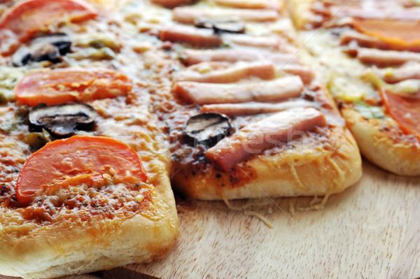 Három kicsi közelkép étel pizza élet Stock fotó © taden