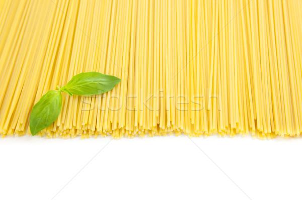 Stok fotoğraf: İtalyan · pişirme · spagetti · fesleğen · yalıtılmış · beyaz