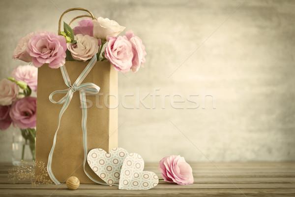 Stok fotoğraf: Düğün · güller · çiçekler · kalpler · bağbozumu · pembe