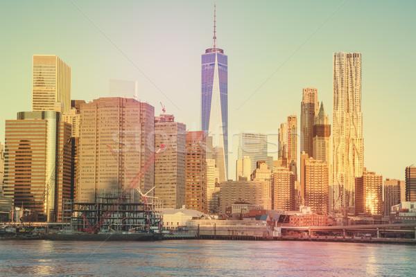 Kantoorgebouwen Manhattan New York City vintage rivier beroemd Stockfoto © Taiga