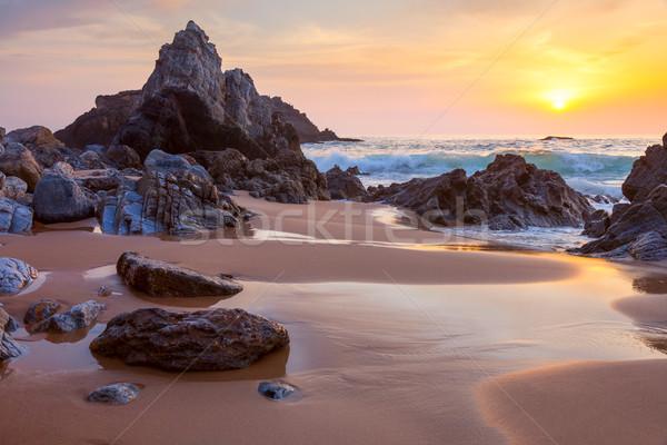 Krajobraz duży skał ocean plaży zachód słońca Zdjęcia stock © Taiga