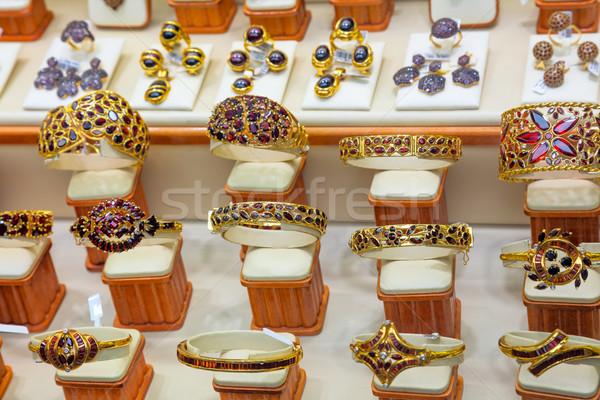 Luxus Gold Schmuck Laden Schaufensterauslage traditionellen Stock foto © Taiga