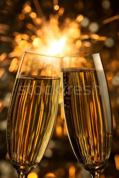 Hermosa dorado champán vertical negro arte Foto stock © Taiga