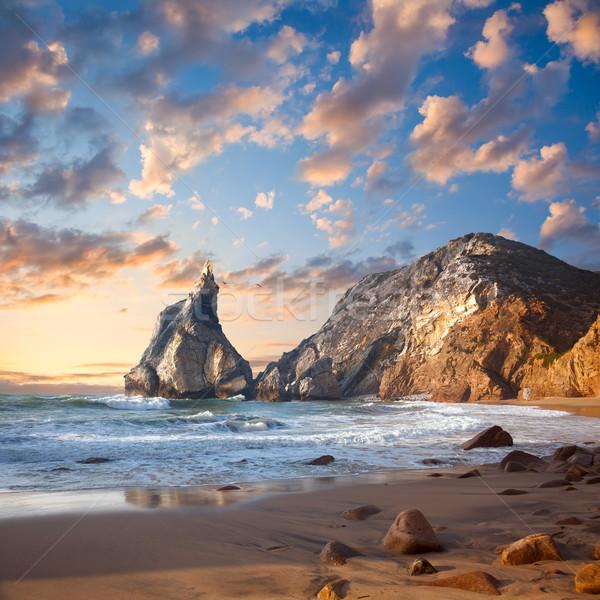 Fantástico grande rocas piedras océano playa Foto stock © Taiga