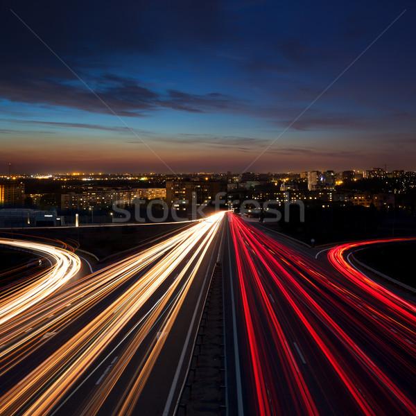 Longa exposição acelerar tráfego noite cidade luz Foto stock © Taiga