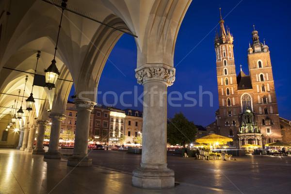 Cracovie principale carré nuit vue colonne Photo stock © Taiga