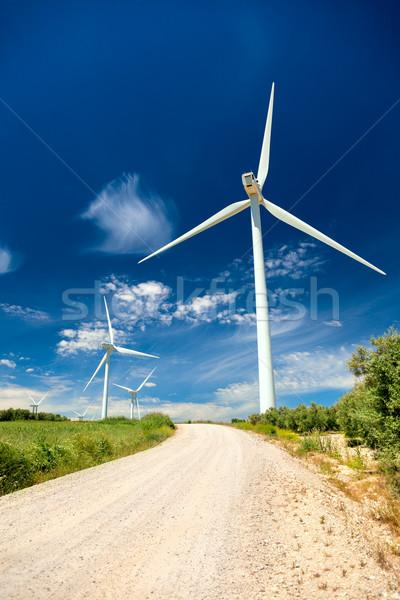 Rüzgâr jeneratör gerçek manzara enerji yeşil Stok fotoğraf © Taiga