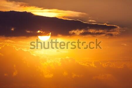 Duży słońce niebo zachód słońca czasu Zdjęcia stock © Taiga