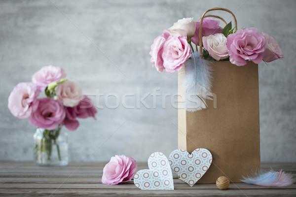 Stock fotó: Romantikus · rózsák · papír · szívek · csendélet · rózsaszín