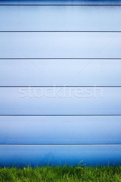 Modern kék csempe fal zöld fű háttér Stock fotó © Taigi