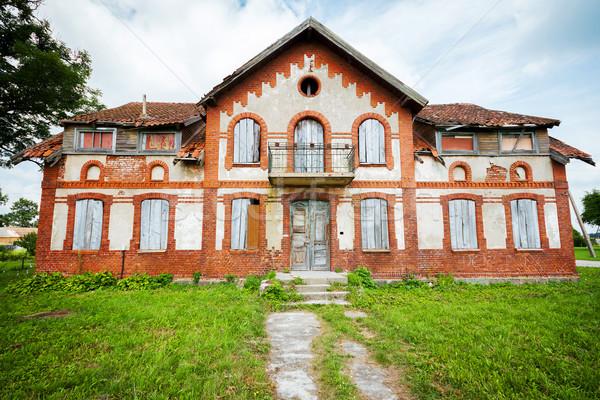 Terkedilmiş ev eski Litvanya gökyüzü doku Stok fotoğraf © Taigi