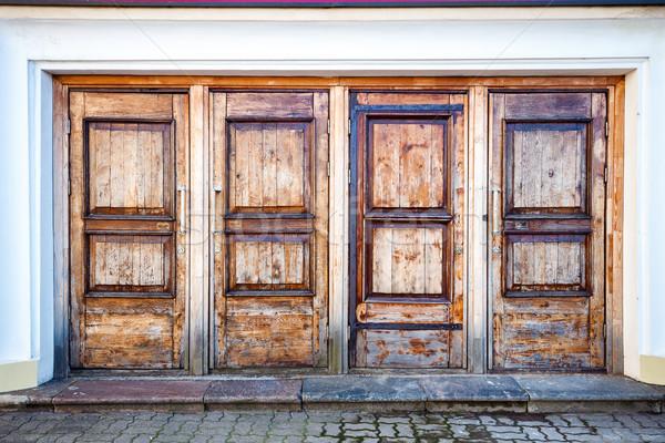 Csetepaté négy fából készült ajtók fal textúra Stock fotó © Taigi