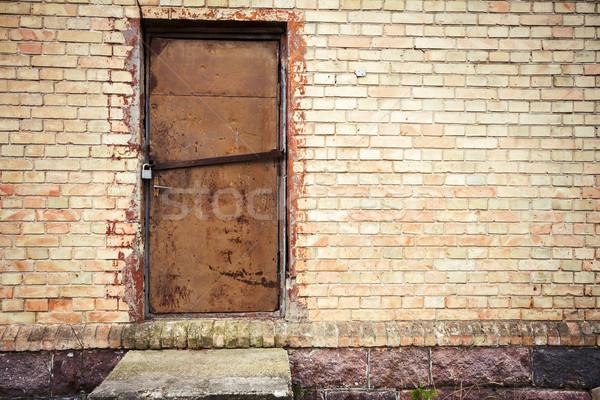 Deur Geel muur oude ijzer muur Stockfoto © Taigi