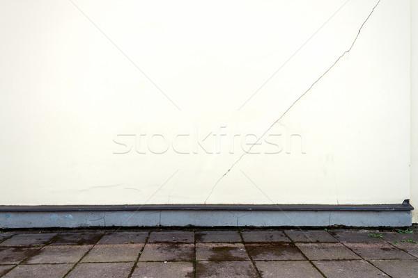Moderno branco gesso rua parede rachado Foto stock © Taigi