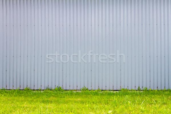 Metaal muur lichtblauw industriële groen gras textuur Stockfoto © Taigi
