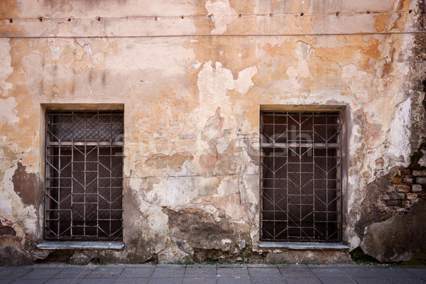 Stock photo: Old cracked wall