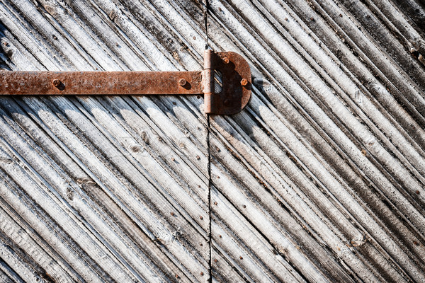 Demir menteşe kapı paslı eski Stok fotoğraf © Taigi