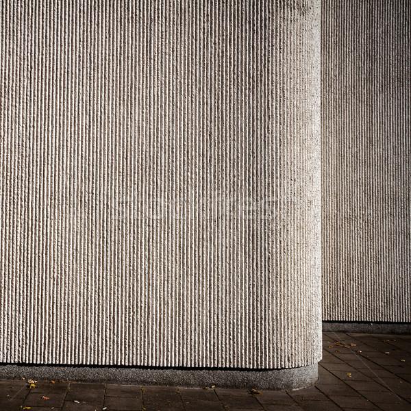 Szary gipsu ściany ulicy bruk budowy Zdjęcia stock © Taigi