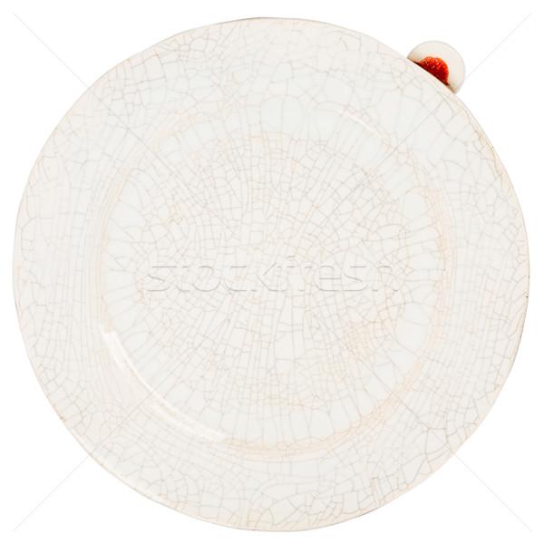 Handgemaakt aardewerk plaat geïsoleerd witte voedsel Stockfoto © Taigi