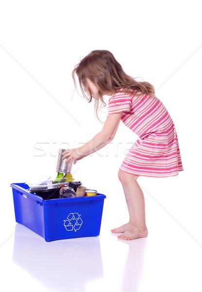 рециркуляции Cute девочку можете бумаги Сток-фото © Talanis